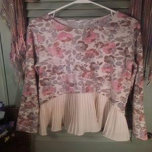 LC Lauren Conrad floral pleat ruffle sweater sz L